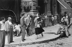 American girl in Italy - Ruth Orkin