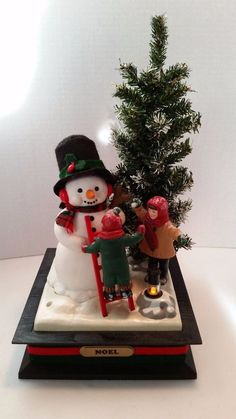 Holiday Creations Snowman w Children Christmas Tree Lighted Musical Carols 1993 #HolidayCreations