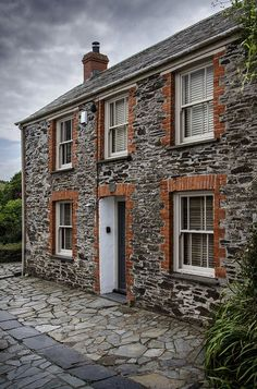 romanceoftheworld: 'Doc Martin's House', Port Issac, the TV show filmed here