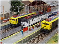 Locomotora 269 RENFE. Escala H0.