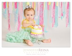 Cake Smash photographer | Jennifer Reina Photography. Newnan, Georgia Photography studio. Contact me today for a complimentary consultation! http://www.jenniferreina.com/
