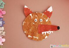 Un bricolage simple et rapide à proposer aux petits passionnés par les loups. Ce loup en papier déchiré, collage et peinture fera une jolie décoration