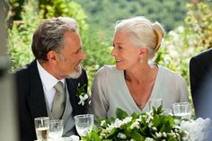 Franco Nero and Vanessa Redgrave in 'Letters to Juliet'----Lancelot and Guinevere together again! Vanessa Redgrave, Natasha Richardson, Love Has No Labels, Letters To Juliet, Photo Images, Foto Baby, Ageless Beauty, Romance Movies, Amanda Seyfried