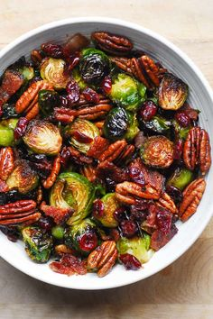 Christmas Brussels Sprouts with Bacon, Pecans, and Cranberries Roasted Vegetable Recipes, Roasted Vegetables, Veggie Recipes, Veggies, Vegetable Sides, Vegetable Side Dishes, Christmas Side Dishes, Sprouts With Bacon, Sprout Recipes