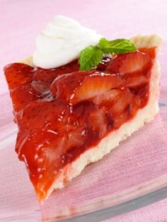 BIG BOY STRAWBERRY PIE  - You can make a Strawberry Pie just like the Big Boy restaurant does.