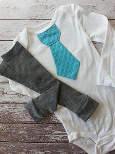 Baby boy tie one piece bodysuit and leg warmer set por mmhandmades
