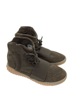 Adidas Yeezy Boost 750 Light Brown Gum BY2456 sz 12 US Mens Chocolate https://tmblr.co/ZnVlHd2OD7f2L