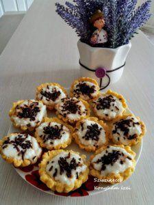 Izu, Waffles, Muffin, Hungarian Food, Breakfast, Party, Desserts, Cakes, Garden