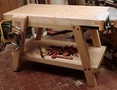 Yet another workbench (with chain and linear bearing)