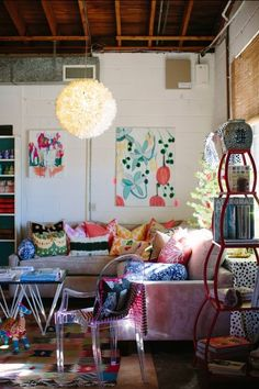 Furbish // accent pillows // colorful // lucite chair // Jamie Meares // I Suwannee // photography by Geoff Wood