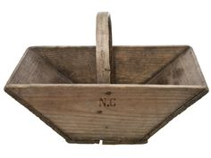 Check out the Vintage French Wood Garden Trug in Boxes, Baskets, & Bins, Storage & Organization from Relique for Wooden Tool Boxes, Wooden Basket, Wooden Crates, Wood Boxes, Wood Pallets, Pallet Wood, Small Wood Projects, Woodworking Projects That Sell, Diy Pallet Projects