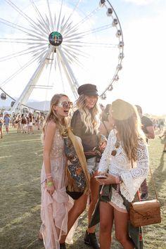 Big Wheel I Coachella | Palm Springs http://www.ohhcouture.com/2017/04/revolvefestival-coachella-palm-springs/ #leoniehanne #ohhcouture