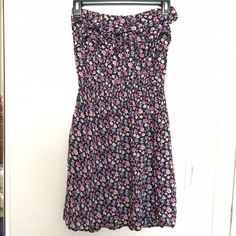 Floral tube/strapless dress Very soft & comfy. No flaws. Dresses Strapless