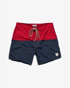 Men summer look Sport Outfits, Summer Outfits, Summer Clothes, Mens Short Swim Trunks, Bermuda Short, Designer Sportswear, Men's Swimsuits, Mens Swim Shorts, Summer Wear