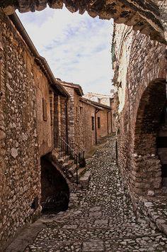 Umbria Lizori, il borgo UNESCO PATRIMONIO #TuscanyAgriturismoGiratola