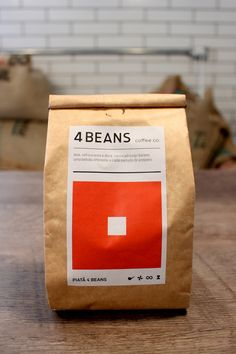 Creative Design Art Studio from Brazil Coffee Packaging, Coffee Branding, Bag Packaging, Packaging Design, Coffee Candy, Palm Sugar, Coffee Design, Chocolate Coffee, Coffee Shop