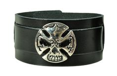 Leather: 100% real leather (natural product) very soft length: 24,5 cm width: 3,5 cm smallest scope: approx. 16 cm greatest scope: approx. 21,5 cm Skull Cross Rivet: size: approx. 3,0 cm...