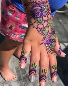 """Z"" Face & Body Art Henna Art, Hand Henna, Face And Body, Hand Tattoos, Body Art, Arm Tattoos"