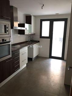 Inmobiliaria ATICasa | Alquiler y Venta de pisos | áticos apartamentos duplex casas chalets rusticos traspaso de negocios