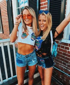 The gameday outfits at the University of Florida you don't want to miss! We have everything that your gameday wardrobe needs. College Game Days, College Football Games, Football Outfits, College Fun, College Outfits, College Life, Uni Life, Concert Outfits, Florida Gators