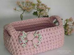 The world's catalog of creative ideas Crochet Bowl, Love Crochet, Diy Crochet, Crochet Doilies, Crochet Stitches, Crochet Patterns, Crochet Storage, Knit Basket, Crochet Baskets