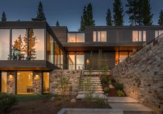 This radiant mountain modern home designed by Blaze Makoid Architecture along with Cotton Mountain Group, located in Martis Camp, a luxury community in Truckee, California. Mountain Modern, Mountain Living, Mountain Homes, Mountain Range, Renovation Facade, Clad Home, Modern House Design, Architecture Details, Exterior Design