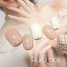 ショート*リボンとストライプベージュネイルチップ♡sh02セミオーダー|ネイルチップ|Ruru nail|ハンドメイド通販・販売のCreema