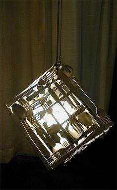 Светильники и абажуры из вилок и ложек.