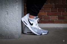 Air Max Tavas PRM - White / Black-Pure Platinum