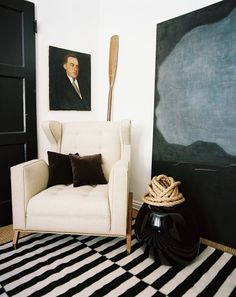 11 Rooms with Oars as #Decor (Adam Bram Straus Living Room with Oars | Remodelista)