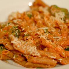Tomato Ricotta Pasta with Broccoli — Pinch of Yum