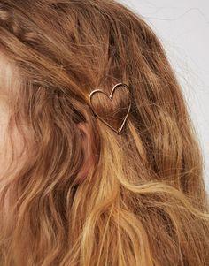 Passador de pêlo com coração - Últimas novidades - Complementos - Mulher - PULL&BEAR Portugal
