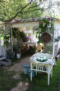 "Garden house from Honnig och Flora, don't you just love it and the old ""potting table""?"