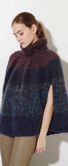 Material Acrylic Condition Good, Signs of wear. Moda Crochet, Crochet Lace, Crochet Hooks, Thick Sweaters, Hand Knitted Sweaters, Capes, Knit Picks, Knitted Poncho, Textiles