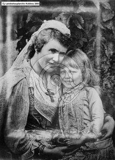 Elisabeta cu Măriuca (Itty), c. Nassau, Romania, Royalty, Queens, House, Noblesse, Rheinland, Shelf, Daughter