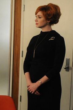 Photos: Mad Men's Joan Harris and the Office-Sex-Kitten Look