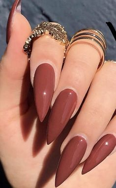 Find images and videos about nails on We Heart It - the app to get lost in what you love. Edgy Nails, Neutral Nails, Stylish Nails, Trendy Nails, Swag Nails, Cute Nails, Fall Almond Nails, Long Almond Nails, Simple Acrylic Nails