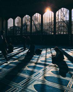 Beauty of Islamic Art Mecca Wallpaper, Quran Wallpaper, Islamic Quotes Wallpaper, Cultural Architecture, Mosque Architecture, Architecture Plan, Islamic Images, Islamic Pictures, Islamic Art