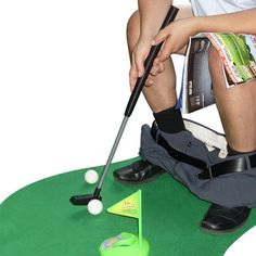 Idée #CadeauDeMerde # : Wiki - Mini Golf Pour Toilettes