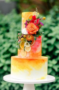 Summery Citrus Wedding Inspired Styled Shoot. For more summer wedding ideas, visit burghbrides.com! #summerwedding #citrusweddinginspiration #weddingcake #citrusweddingcake