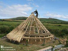 Costruire una Roundhouse celtica.
