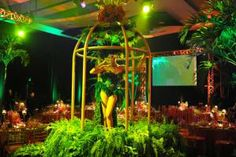 Held at the JW Marriott Marquis Miami on October 12, the event had a Brazilian Carnival theme. The ballroom was inspired by the celebration in Rio and had dancers in cages and lush, feathered headdresses. Samba batucada drums played in background.