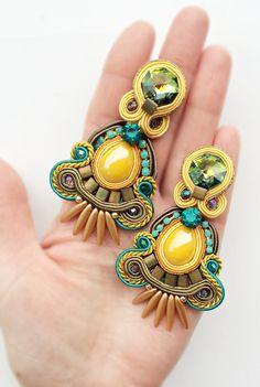 Orecchini soutache orecchini in giallo e verde acqua boho