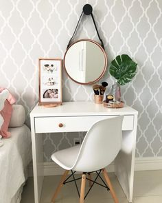47 Trendy home office quarto rose gold Girl Bedroom Designs, Room Ideas Bedroom, Home Decor Bedroom, Home Room Design, Home Office Design, Study Room Decor, Stylish Bedroom, Aesthetic Room Decor, Trendy Home