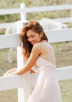 Ideas For Quotes Girl Crush Debut Photoshoot, Debut Ideas, Filipina Actress, Daniel Padilla, John Ford, Princess Girl, Girl Quotes, Crush Quotes, Stunningly Beautiful
