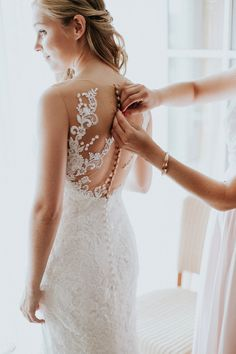 The most beautiful wedding dresses of 2016 More inspiration on our WonderWed de Most Beautiful Wedding Dresses, Perfect Wedding Dress, Dress Wedding, Before Wedding, Wedding Day, Wedding Morning, Wedding Table, Getting Ready Wedding, Wedding Preparation