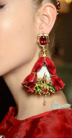 Dolce & Gabbana earrings - Alta Moda 2015