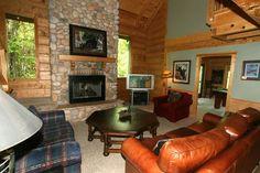 Big Bear in Gatlinburg, Tennessee: Living Area