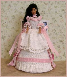 Hollys Crafts Blog: White and Pink Crocheted Barbie Bed Doll completed