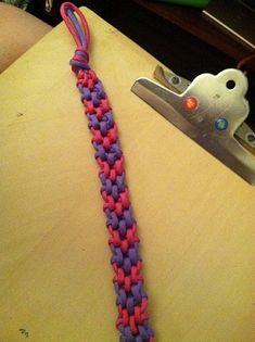 http://friendship-bracelets.net/tutorial.php